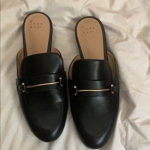 Women's Loafers Never worn😋